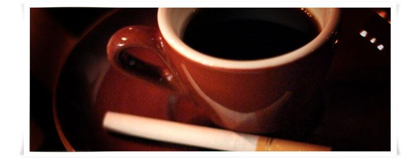 Un binomio pericoloso: caffeina e nicotina